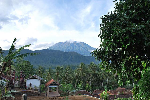 Gunung Agung - foto: Ben Godfrey